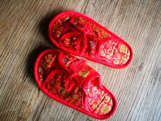Red little Chinese shoes