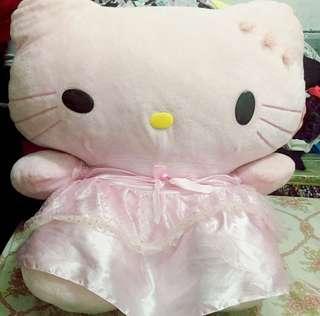 BiG hello kitty stufftoy