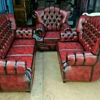 Kursi sofa tamu kulit minimalis