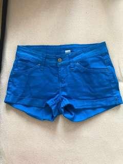 Mango pants / hot pants