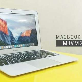 Apple Macbook Air 11 MJVM2