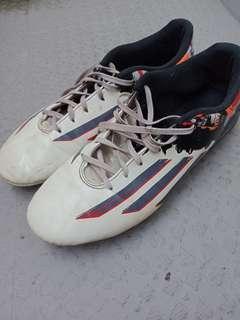 Adidas Messi 10.3