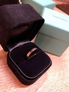 🚚 💍Tiffany&Co. 玫瑰金18k 3鑽戒指💍