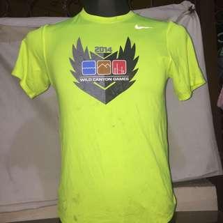 NIKE neon green printed dri fit tshirt visible dirts xs