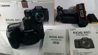 🚚 Canon EOS 80D 盒裝 說明書 背帶 充電器 原電池1 公