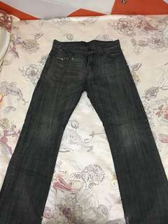 Levi's 523 straight fit black 32吋腰牛仔褲