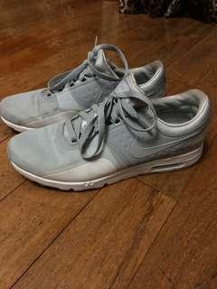 Nike Airmax Zero Wolf Grey White unisex 42.5