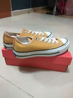 Converse Chuck 70 OX Sunflower