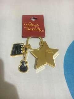 Gantungan kunci madame tussauds, ori beli di singapore. Baru ya. Freongjabodetabek