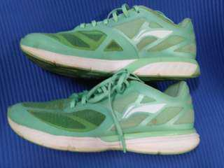 Running Shoes extra light Lining for size 7- 7.5