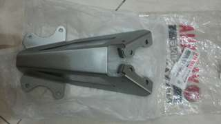 Y15 Rear Magat bracket Ori