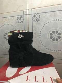 ELLE Black Boots