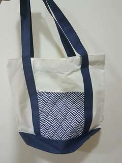 Tote Bag Medium Blue White Motif Batik