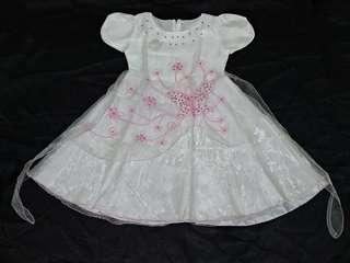 Beautiful Cute Dress For Kids / Gaun Putih Anak Perempuan