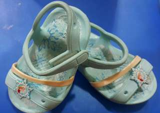 Crocs Lina Frozen Sandals