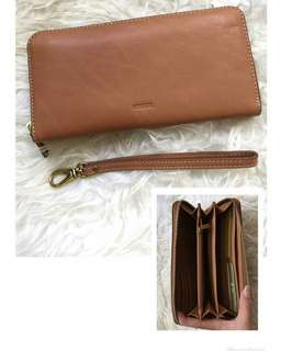 Dompet FOSSIL!
