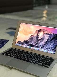 """Macbook Air 11"""" (mid 2013)"""