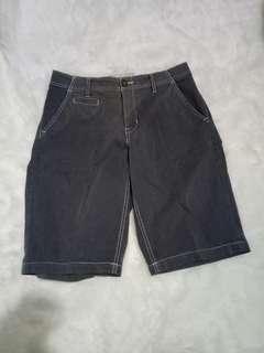 Celana pendek abercrombie & fitch J