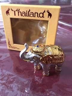Pajangan Gajah (putih)