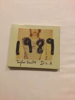 Taylor Swift 1989 album with Instax Photos