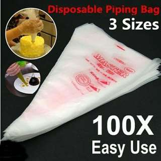 Disposable plastic piping bags