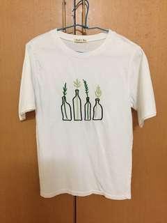 🚚 綠葉花瓶白色上衣🍃