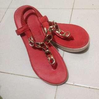 Chelsea Red Comfort