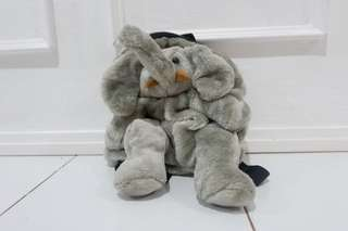Tas anak berbentuk gajah