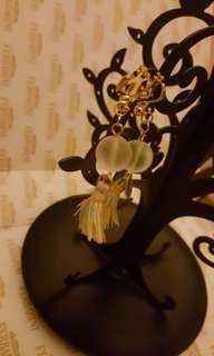 法國夾耳環