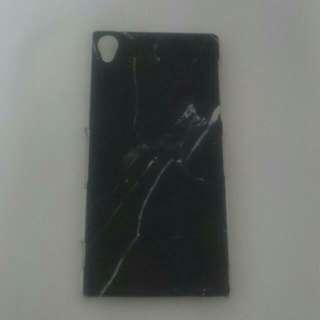 Sony Xperia Z3 Hard Plastic Cover (Black Marble Design)