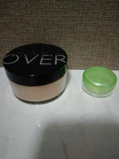 Make over loose powder share in a jar