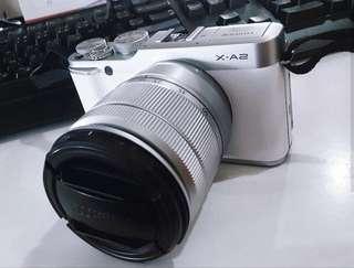 Fujifilm XA2 - White