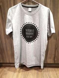 Grey Graphic T-shirt (brand new!!)