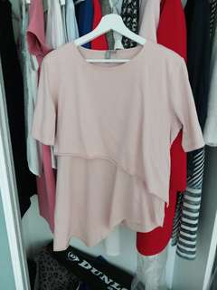 Maternity and nursing top