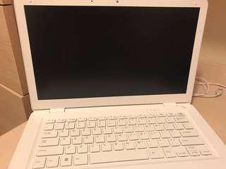"As New 14"" notebook 320gb HD perfect for study use"