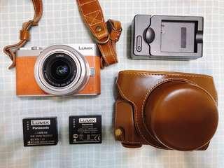 🚚 《原廠公司貨 附電池 64G記憶卡》Panasonic gf9 橘