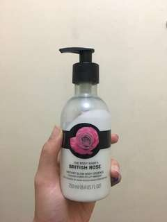 The Body Shop - British Rose Instant Glow Body Essence