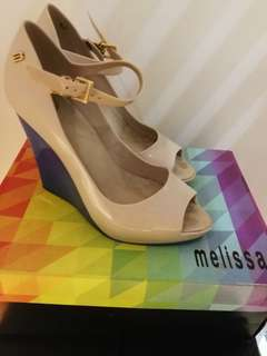 Melissa Prism Contrast Wedge in blue/cream