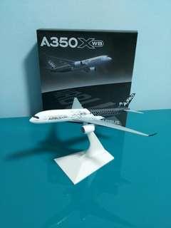 BN Airbus A350XWB 1/400 Scale