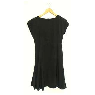 Dress Simple Minimalis Casual Hitam
