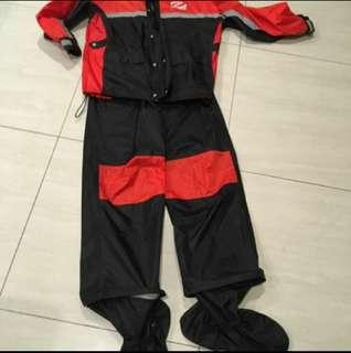 🚚 Onza分離式雨衣 L跟M两個尺碼各700含運費
