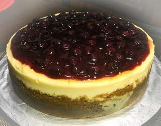 Home made baked blue berry cheesecake