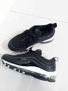 🚚 Nike max97 黑底黑白配色