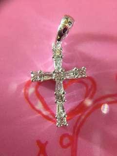 💠 簡潔靚靚!18K 天然鑽石十字架 💠
