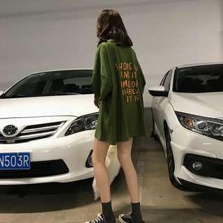 夏季新款後背字母印花T恤寬松中長款時尚休閒短袖上衣女學生