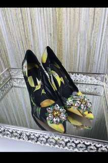 2017 New Arrival Printed Stiletto Heel Dress Shoes Sexy Women Pointy Slip-on High Heels Pretty Crystal Flower Stick Shallow Pump