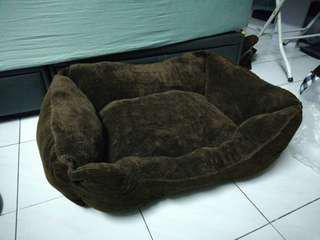 Extra Comfy Pet Bed