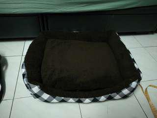 Checkers Pet Bed with Removable Cushion