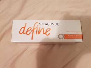 1 Day Acuvue Define (Natural Shine) Opened box 14 pairz