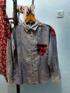 Kemeja denim forever 21 NEW